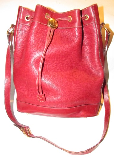 Gucci Drawstring Top Shoulder/Cross Body Xl Bucket Pebbled/Smooth Lther Tom Ford Era Satchel in true red/gold accents Image 8