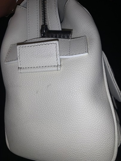Chanel Satchel in white Image 6