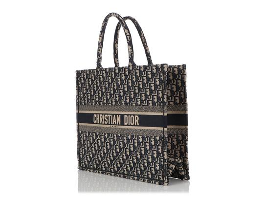 Dior Cd.q0919.09 Embroidered Tote in Blue Image 2