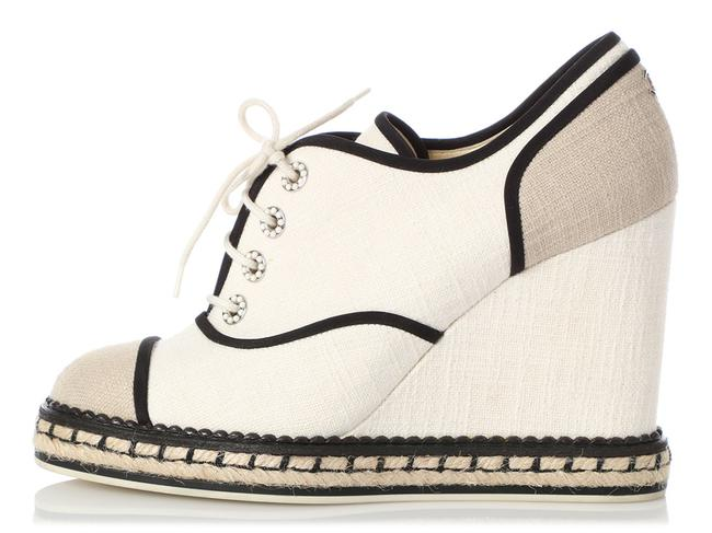 Item - White And Beige Lace-up Espadrille Wedges Size EU 40 (Approx. US 10) Regular (M, B)