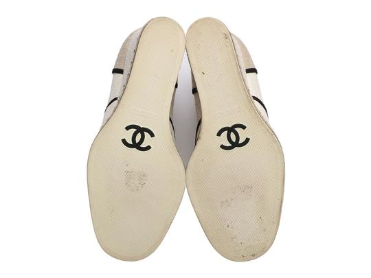 Chanel Ch.q0925.19 White Wedges Image 6
