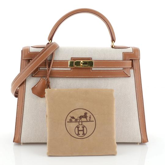 Hermès Kelly Leather Satchel in Neutral Image 1