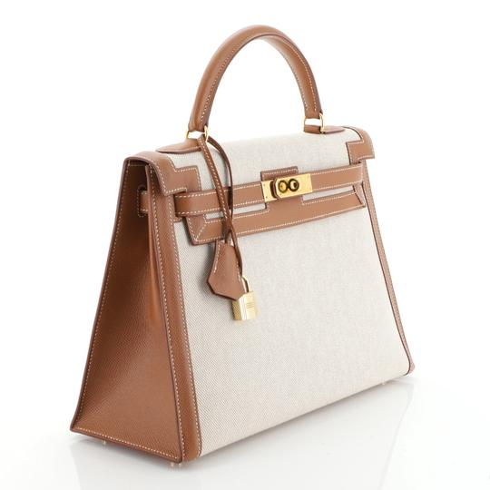 Hermès Kelly Leather Satchel in Neutral Image 2