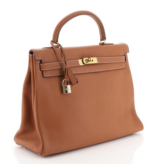 Hermès Kelly Leather Satchel in Brown Image 2