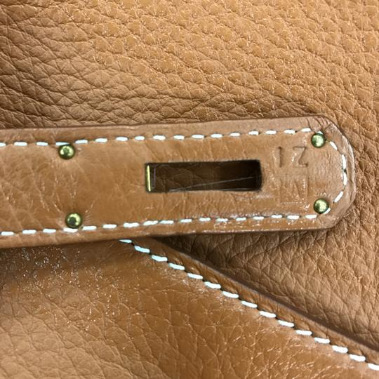 Hermès Kelly Leather Satchel in Brown Image 9