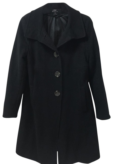 Black Cashmere and Lambs Wool 50% Of Each. Soft and Cozy Hand Stitching-beautiful Piece Of Work. Coat Size 8 (M) Black Cashmere and Lambs Wool 50% Of Each. Soft and Cozy Hand Stitching-beautiful Piece Of Work. Coat Size 8 (M) Image 1