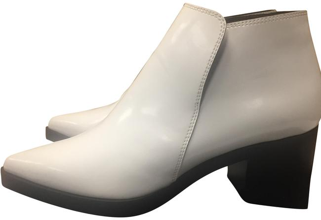 Item - Optical White 0400010654665 Boots/Booties Size US 7 Regular (M, B)