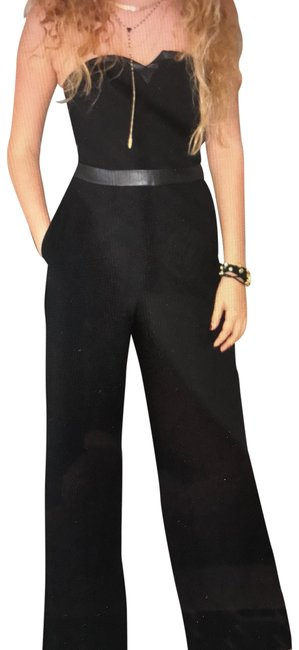 Preload https://img-static.tradesy.com/item/26252316/guess-by-marciano-black-romperjumpsuit-0-1-650-650.jpg