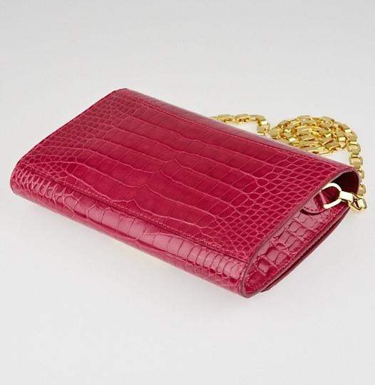 Louis Vuitton red Clutch Image 2