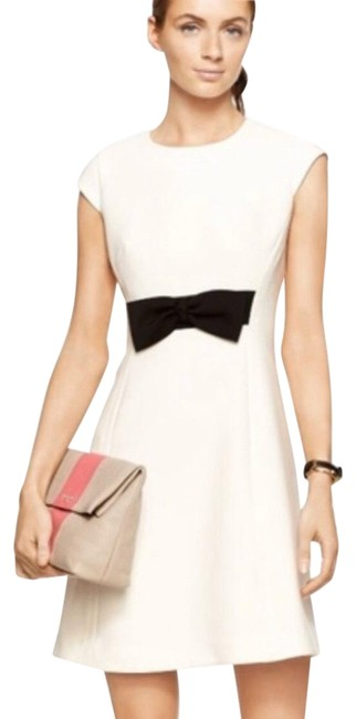 Preload https://img-static.tradesy.com/item/26252394/kate-spade-black-and-off-white-bow-short-casual-dress-size-12-l-0-1-650-650.jpg