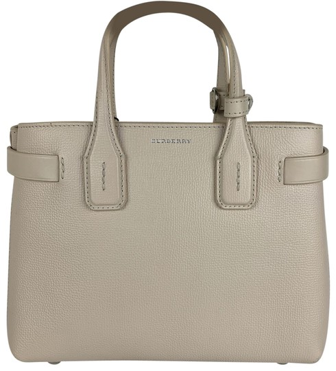 Preload https://img-static.tradesy.com/item/26252402/burberry-new-banner-house-italian-limestone-leather-tote-0-1-540-540.jpg