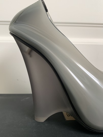 YEEZY Pvc Suede Pointed Toe Wedge Gray Pumps Image 4