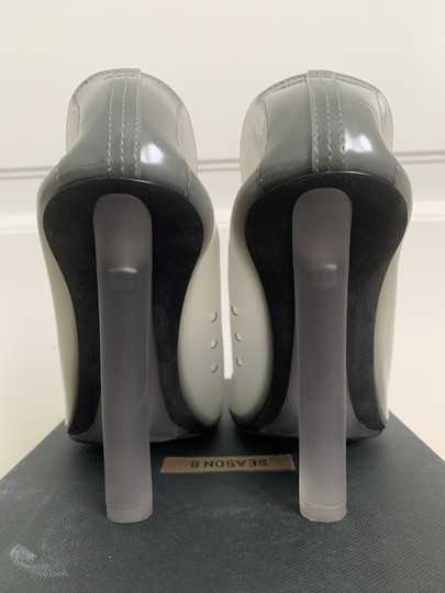 YEEZY Pointed Toe Pvc Wedge Gray Pumps Image 7