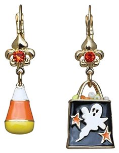 Ritzy Couture by Esme Hecht Candy Corn & Trick or Treat Halloween Multi Charm (Goldtone) Leverback