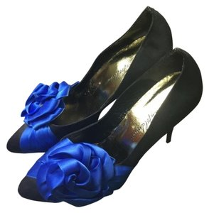 Beverly Feldman 80's Blue Black Pumps