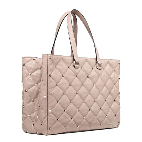 Preload https://img-static.tradesy.com/item/26252746/valentino-garavani-quilted-boomstud-pink-leather-tote-0-0-540-540.jpg