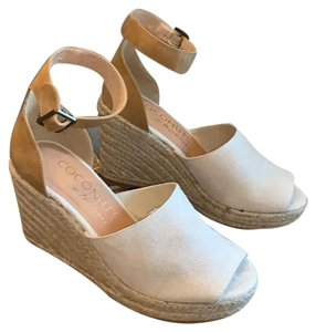 Coconuts by Matisse Cream, Natural, Off White Wedges