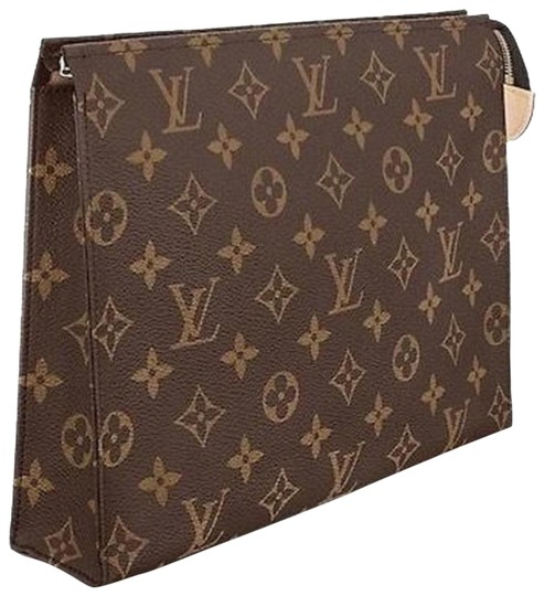 Preload https://img-static.tradesy.com/item/26254612/louis-vuitton-toiletry-26-monogram-canvasleather-clutch-0-3-540-540.jpg