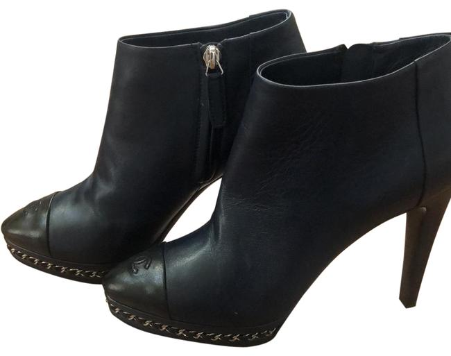 Item - Navy Chain Around Captor Ankle Boots/Booties Size US 7.5 Narrow (Aa, N)