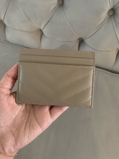 Saint Laurent quilted leather card holder Image 10