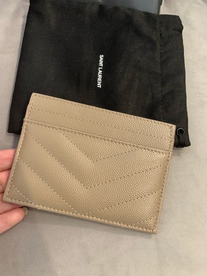 Saint Laurent quilted leather card holder Image 7