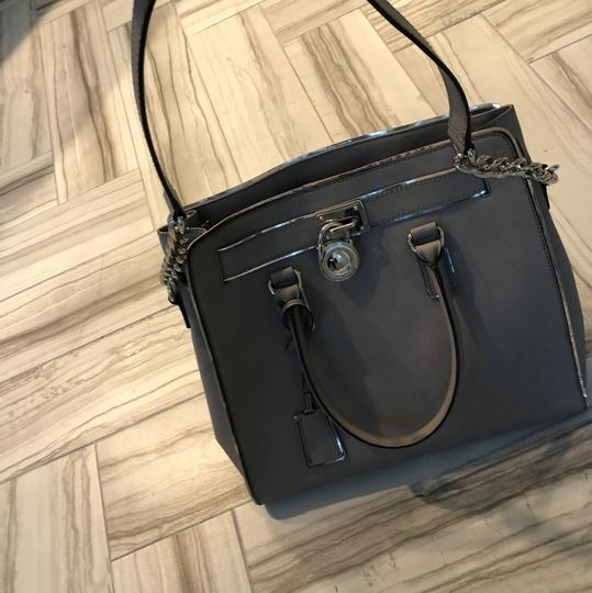 Michael Kors Tote in grey with silver trim Image 6