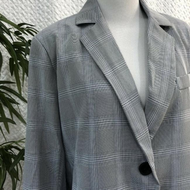 Walter by Walter Baker Oversized Plaid gray Blazer Image 2
