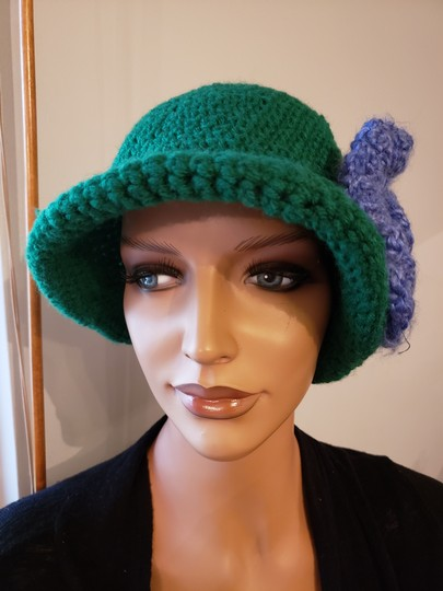 no name Handmade Green crochet extra large hat Image 1