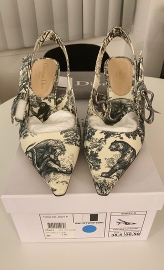 Dior Off White and Black Pumps Image 1