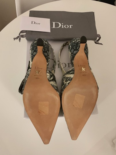 Dior Off White and Black Pumps Image 4