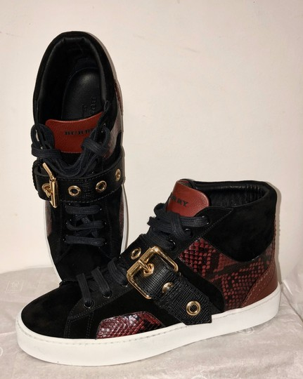 Burberry London Black with dark red Athletic Image 2
