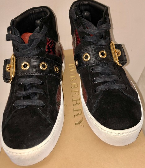 Burberry London Black with dark red Athletic Image 4