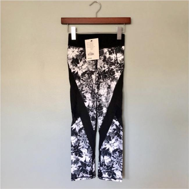 Ivy Park Floral Mesh Three-quarter Leggings Image 3