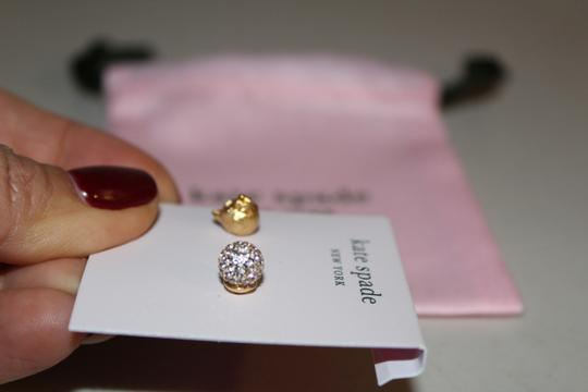 Kate Spade NWT KATE SPADE CAT AND PAVE SPHERE MISMATCHED STUDS EARRINGS W BAG Image 5