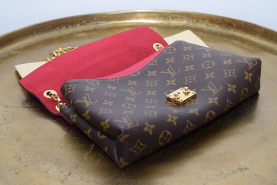 Louis Vuitton Pallas Pallas Chain Pallas Shoulder Bag Image 3