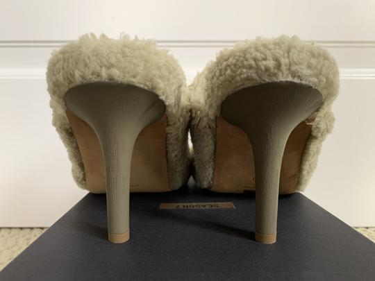 YEEZY Faux Fur Open Toe Mule Beige Pumps Image 5