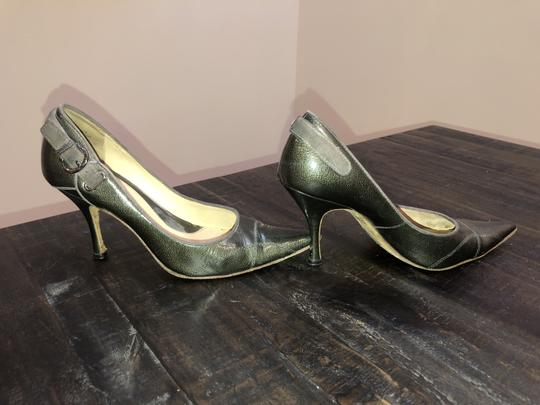 Boutique 9 Jeans Unusual Fun Different Green/ Gray Pumps Image 1