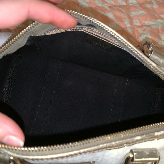 Gucci Satchel in silver Image 9