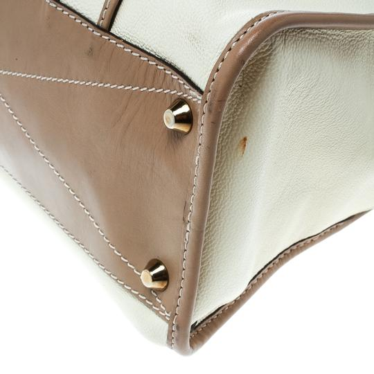Chloé Leather Beige Clutch Image 8