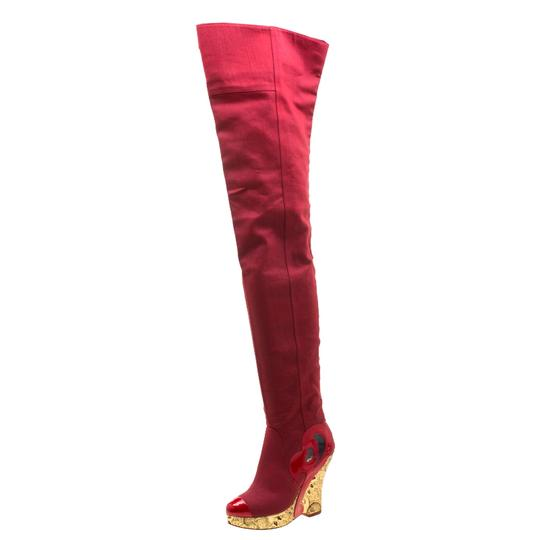Preload https://img-static.tradesy.com/item/26272354/chanel-red-canvas-brocade-wedge-over-the-knee-platform-bootsbooties-size-eu-375-approx-us-75-regular-0-0-540-540.jpg