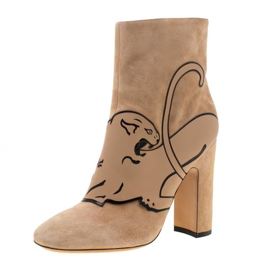 Preload https://img-static.tradesy.com/item/26272369/valentino-beige-suede-panther-ankle-bootsbooties-size-eu-39-approx-us-9-regular-m-b-0-0-540-540.jpg