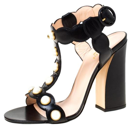 Preload https://img-static.tradesy.com/item/26273142/gucci-black-leather-faux-pearl-embellished-willow-t-strap-sandals-size-eu-38-approx-us-8-regular-m-b-0-1-540-540.jpg