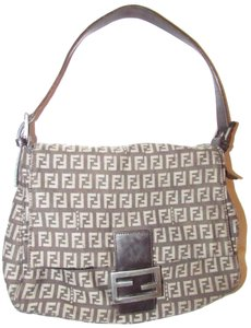 Fendi Small F Logo Print 'mamma Zucco' Style Iconic Style Mint Condition Latte/Brownish-plum Shoulder Bag