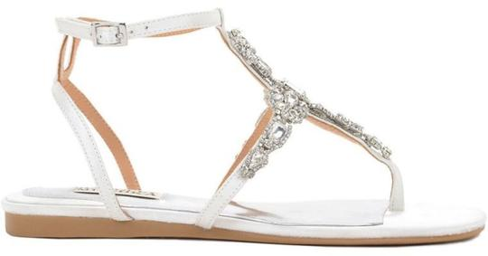 Badgley Mischka White Crystal Sandals Size US 8 Regular (M, B) Image 2