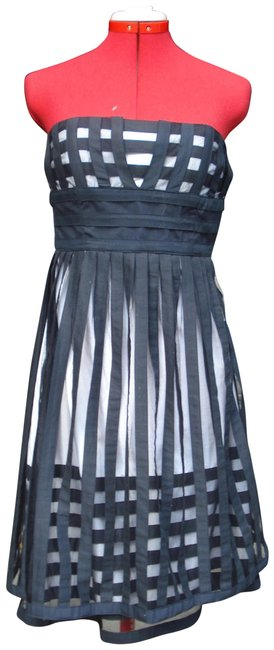 Item - Black and White Strapless Mid-length Short Casual Dress Size 4 (S)