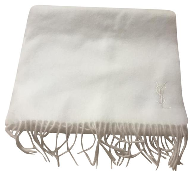 Item - White Luxurious Wool Finished with Fringed Ends and Signature Logo Emb Scarf/Wrap