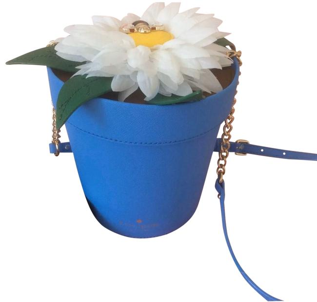 Item - Crossbody Down The Rabbit Hole Daisy Flowerpot With Blue Leather Shoulder Bag
