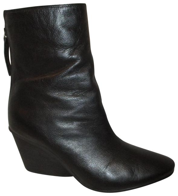 Item - Black Pebbled Leather with Sheepskin Ankle Boots/Booties Size US 7.5 Regular (M, B)