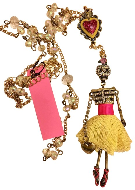 Item - Yellow and Pink. Girl Crystal Zulu Girl. Necklace