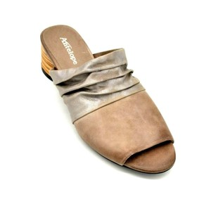 Antelope Leather Soft Beige Mules